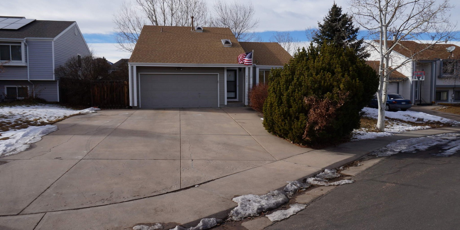 6025 South Taft Way, Littleton, CO 80127