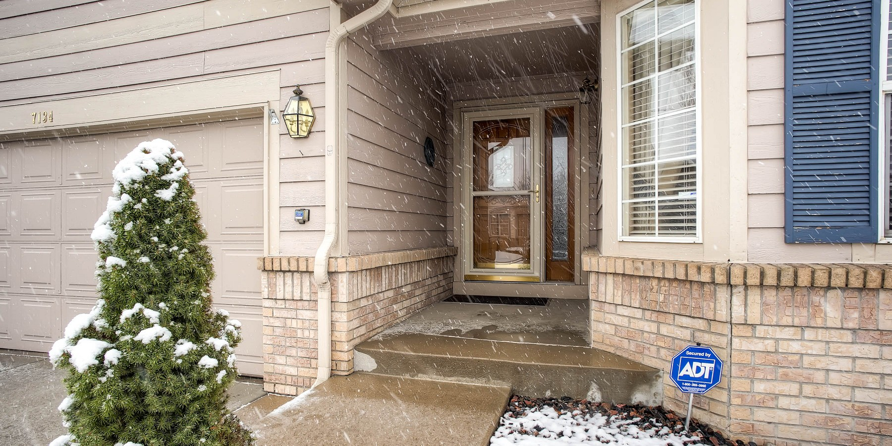 7134 West Arlington Way, Littleton, CO 80123