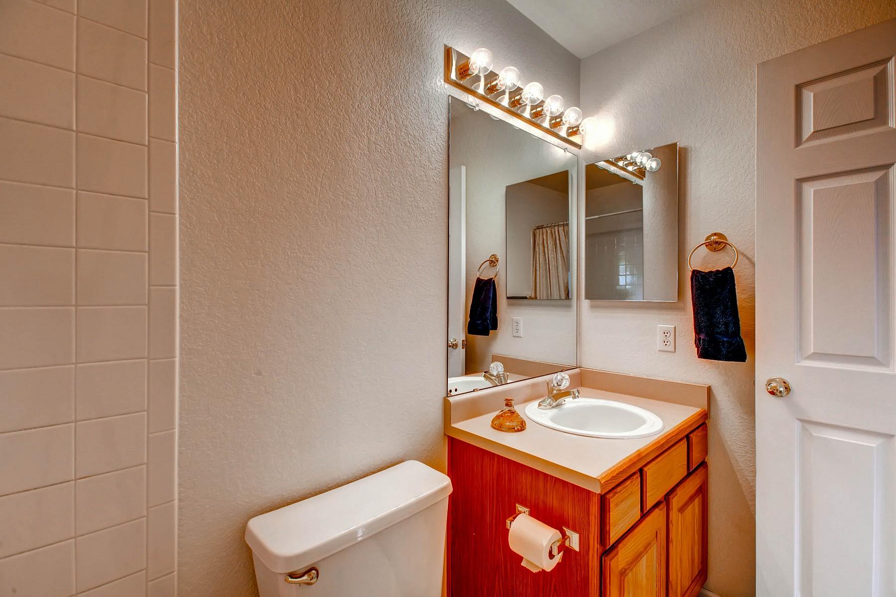 5687 South Walden Street, Centennial, CO 80015