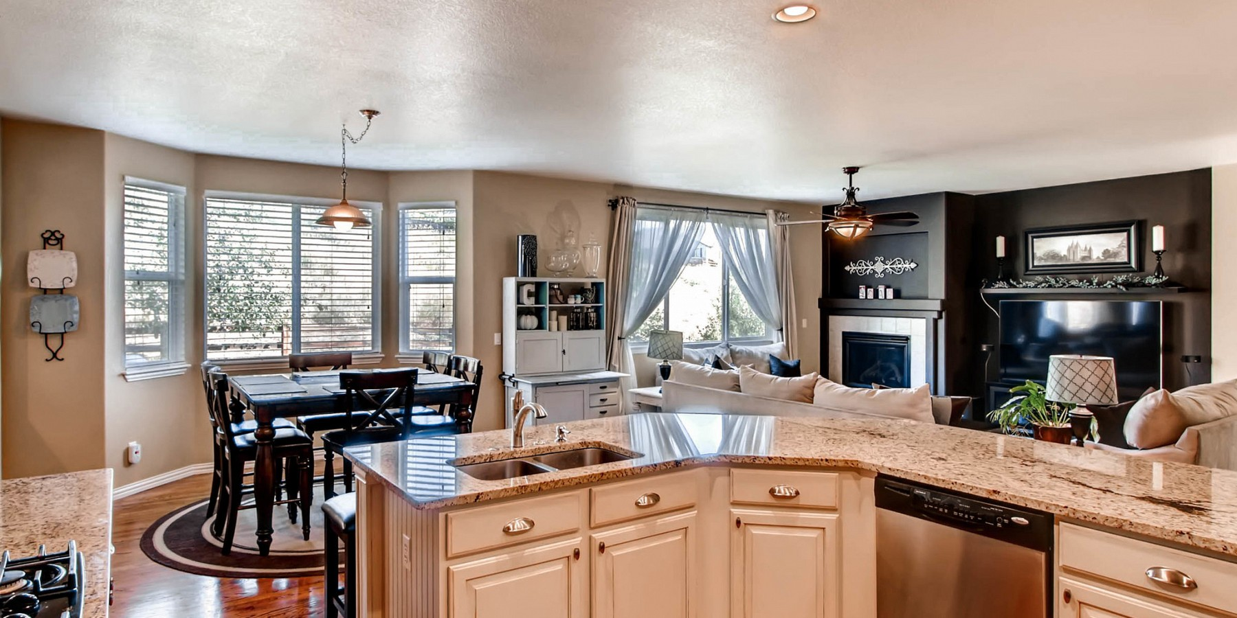 3463 Dove Valley Place, Castle Rock, CO 80108