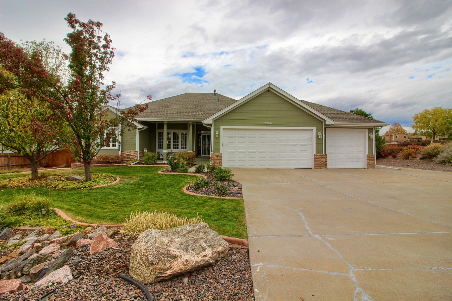 7709 South Flower Street, Littleton, CO 80128