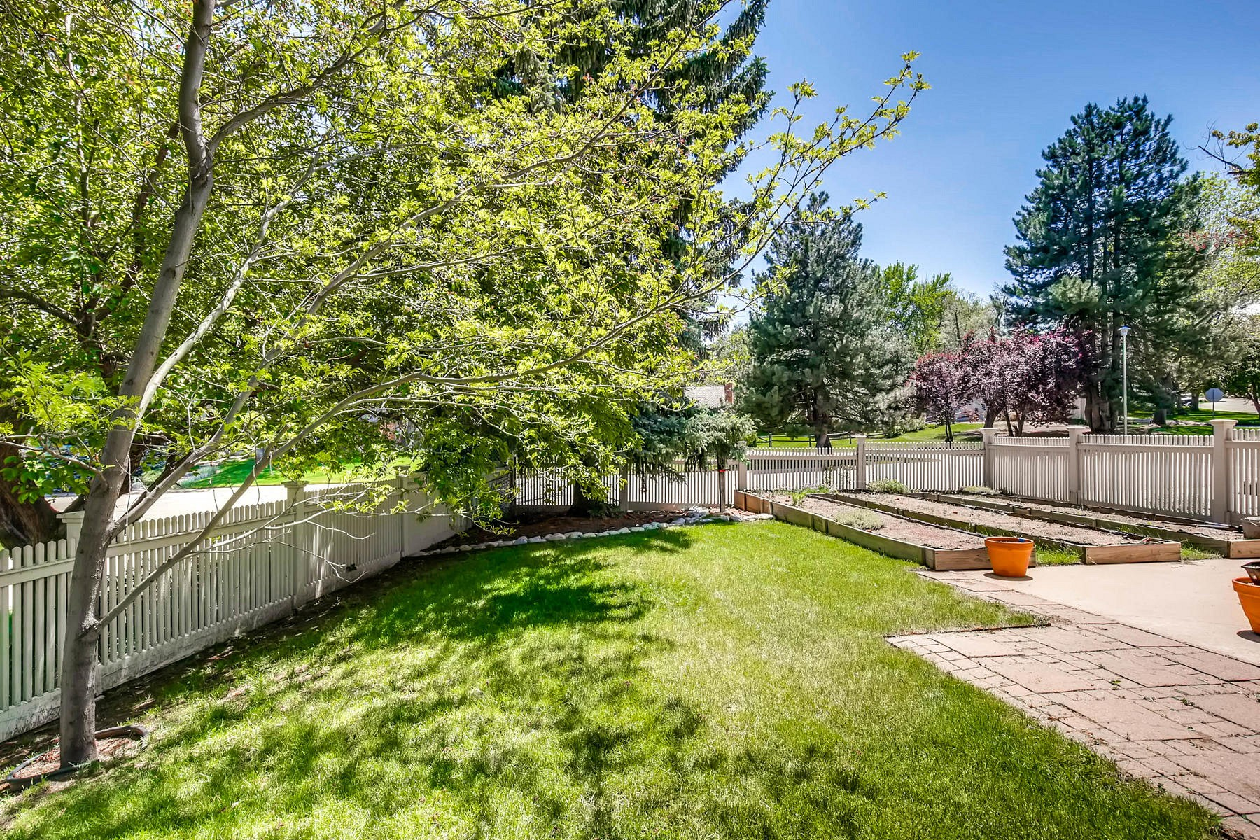 1801 West Briarwood Avenue, Littleton, CO 80120