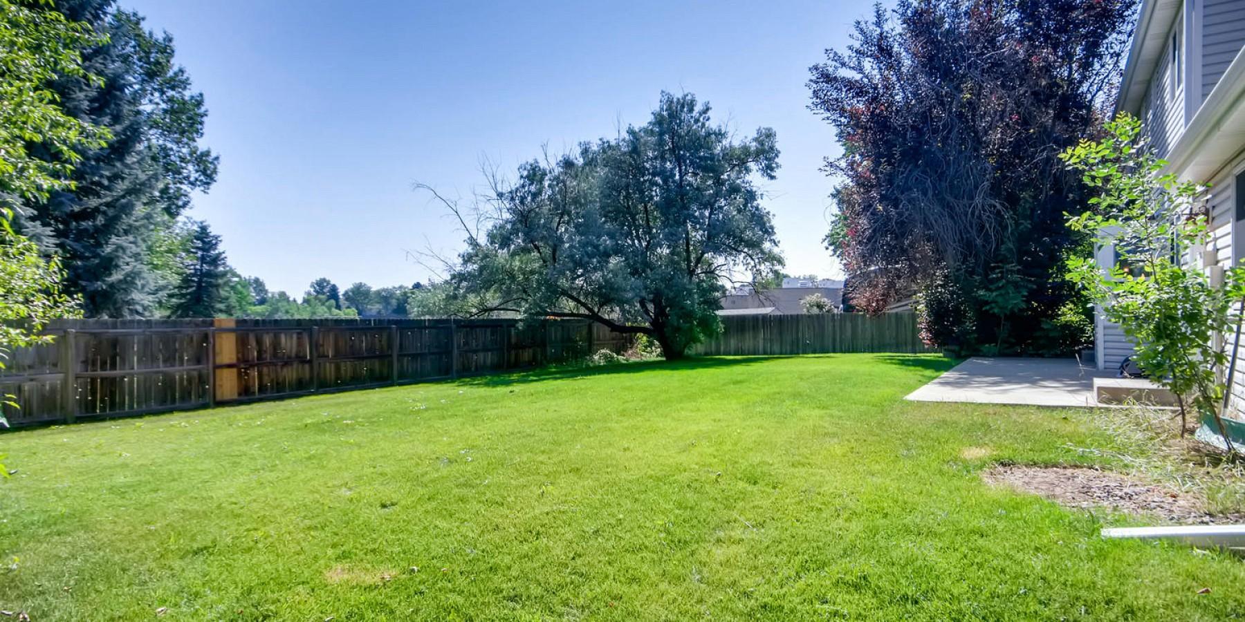 5650 South Oak Street, Littleton, CO 80127
