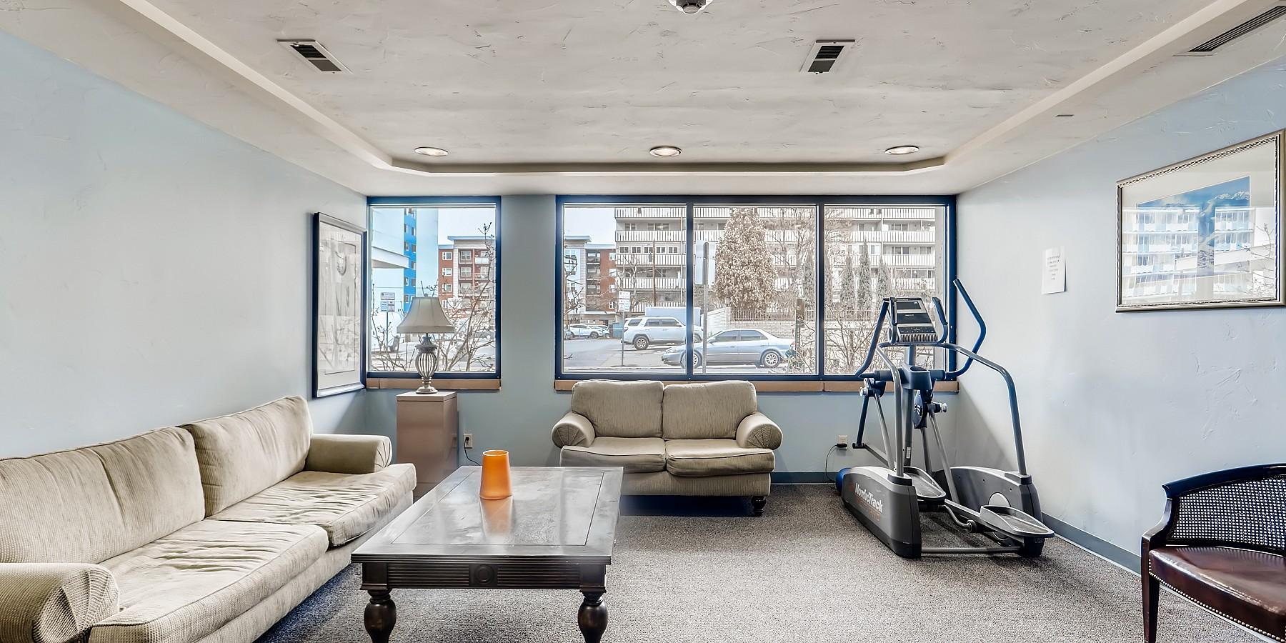 1121 Albion Street, Denver, CO 80220